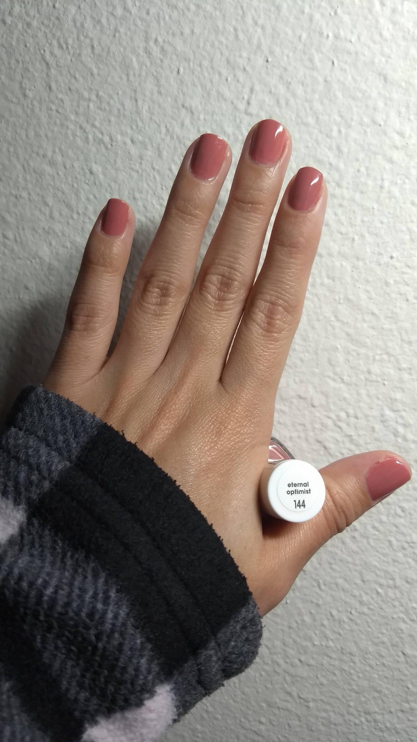 Nail Polish for Valentine's Day: Eternal Optimist by Essie